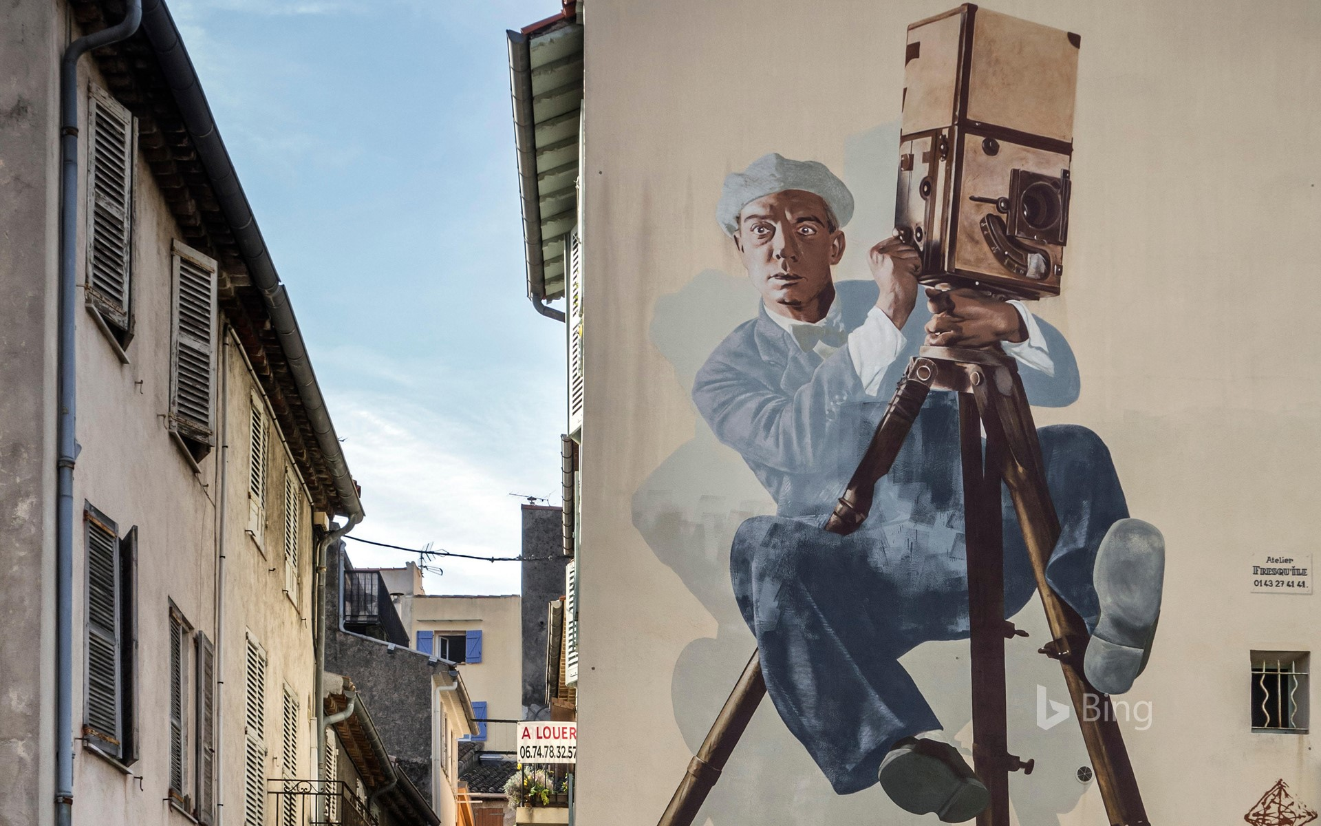 Fresco depicting Buster Keaton, the cameraman, Cannes
