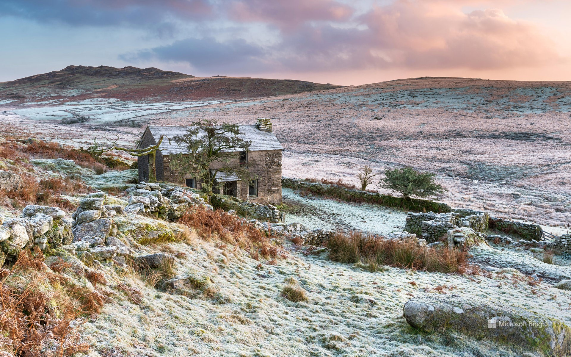 Sunset over an abandoned cottage on the foothills of Brown Willy on Bodmin Moor, the highest point in Cornwall