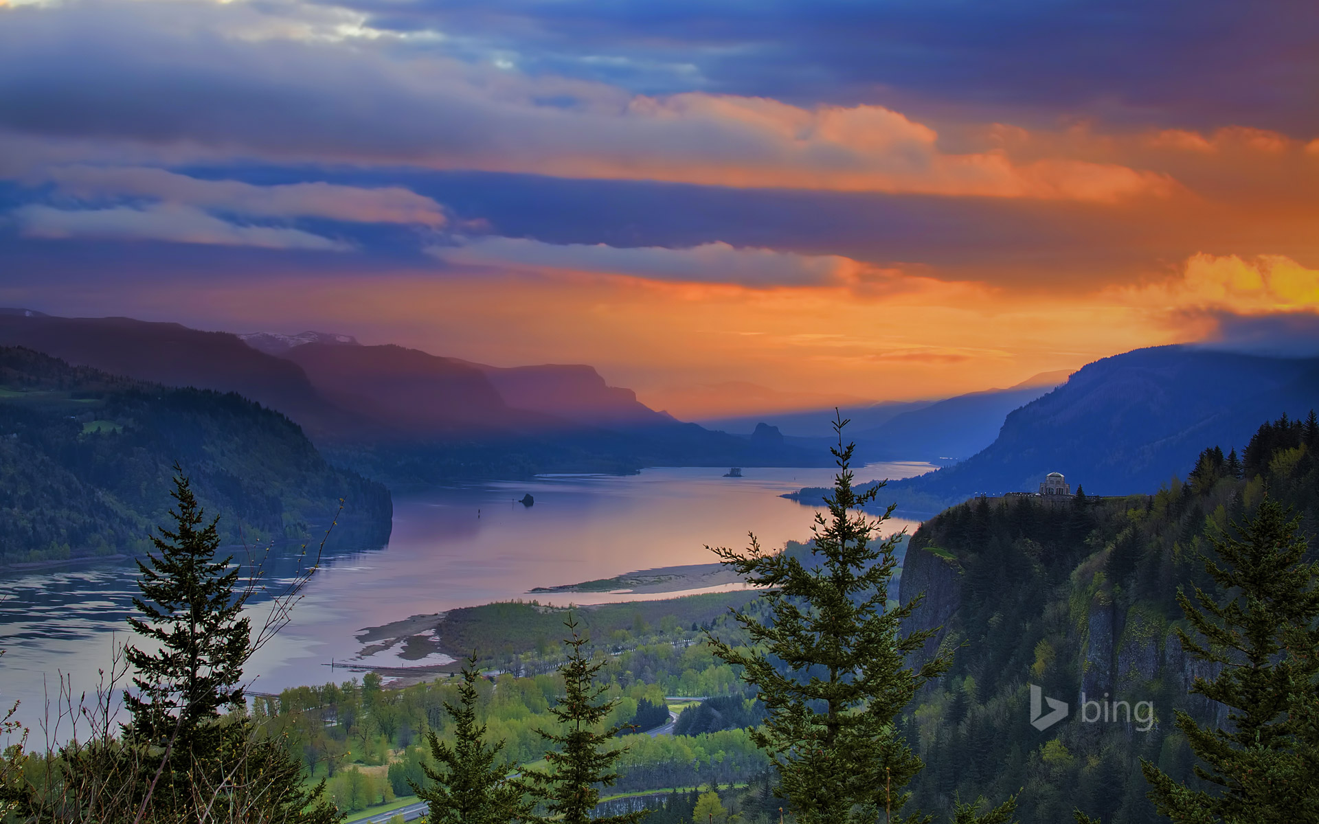 Crown Point at Columbia River Gorge, Oregon