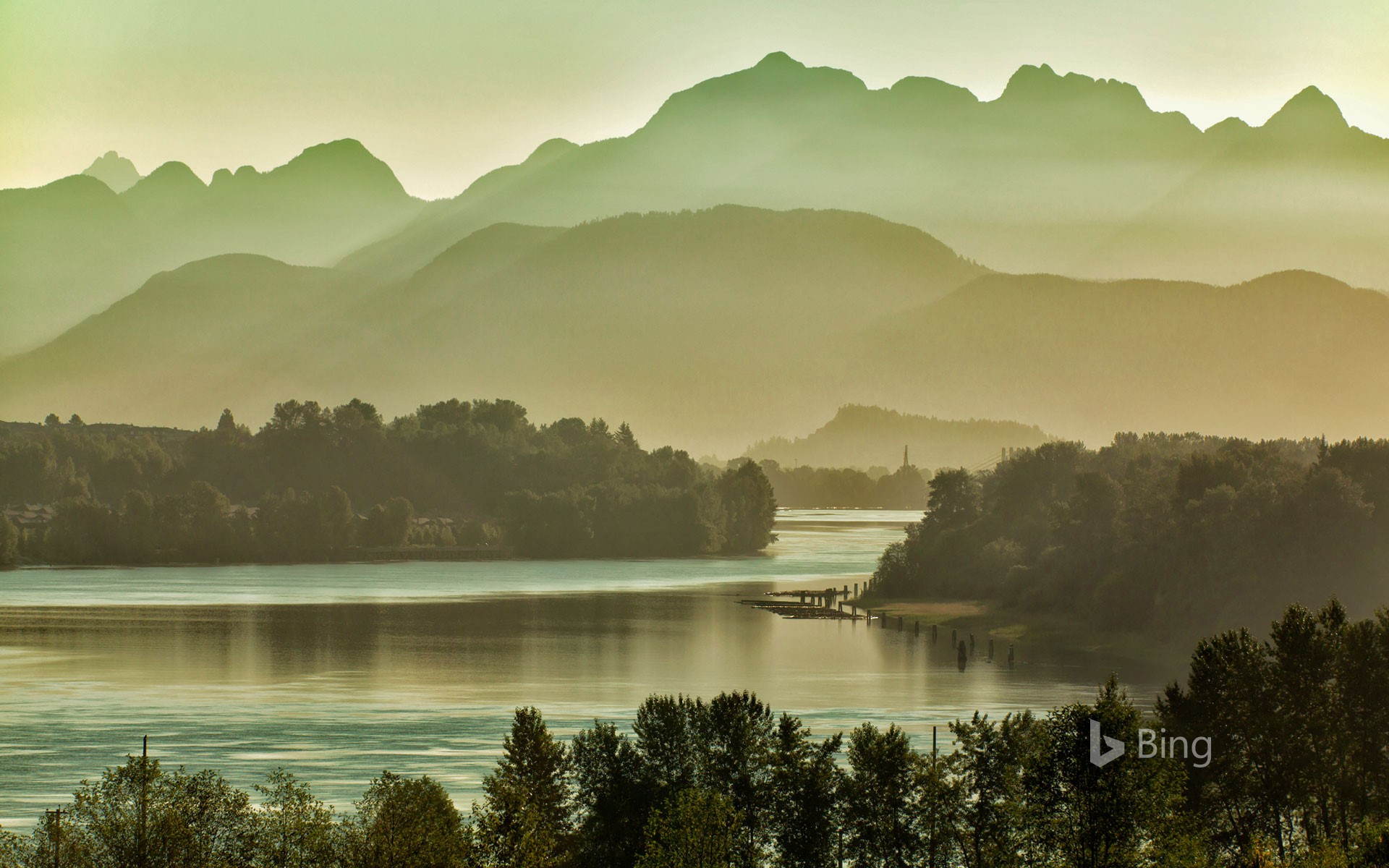 Fraser River, east of Vancouver, British Columbia, Canada, with the Golden Ears peaks