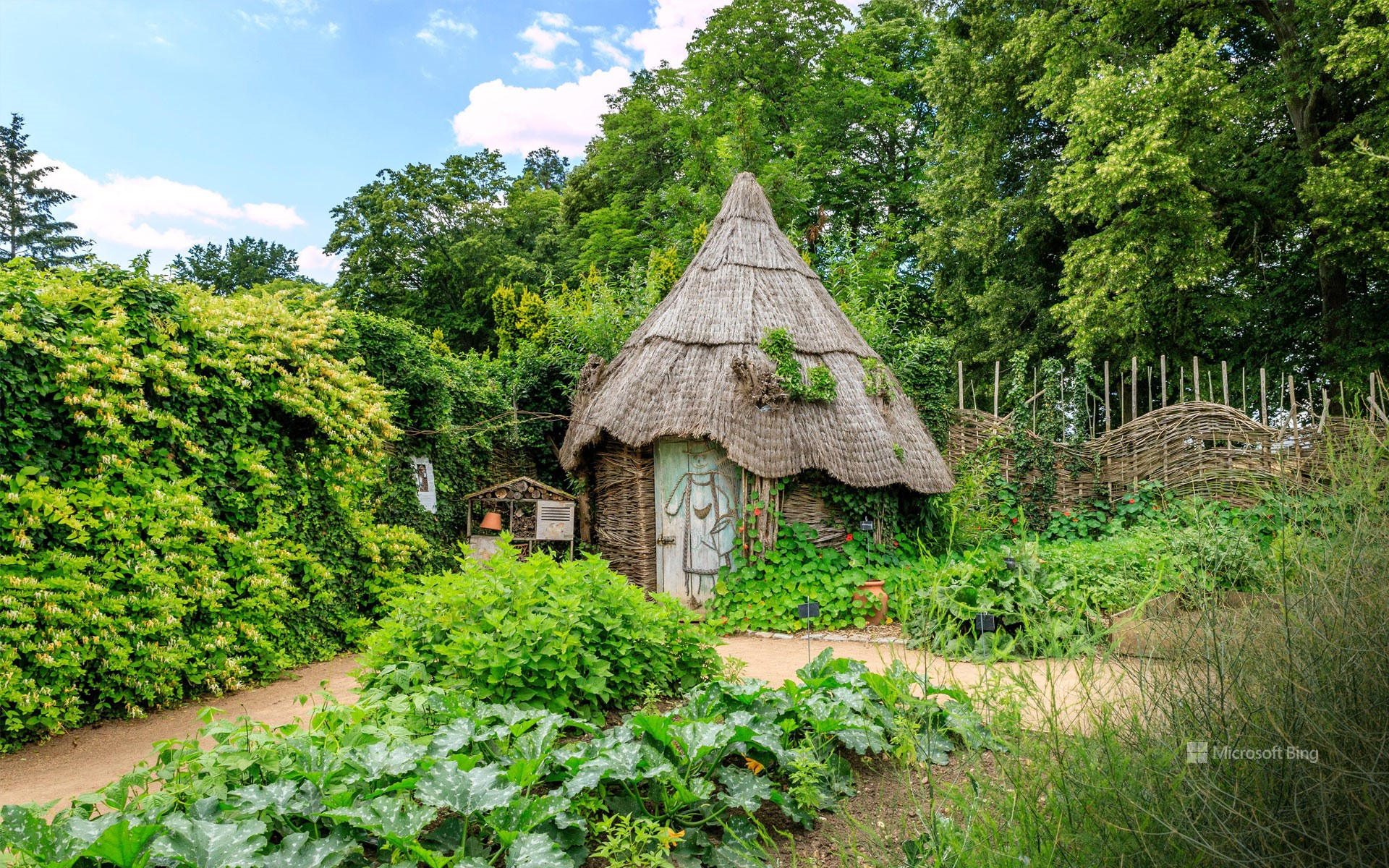 Wicker hut in the vegetable garden of the Parc floral de la Source, Orléans