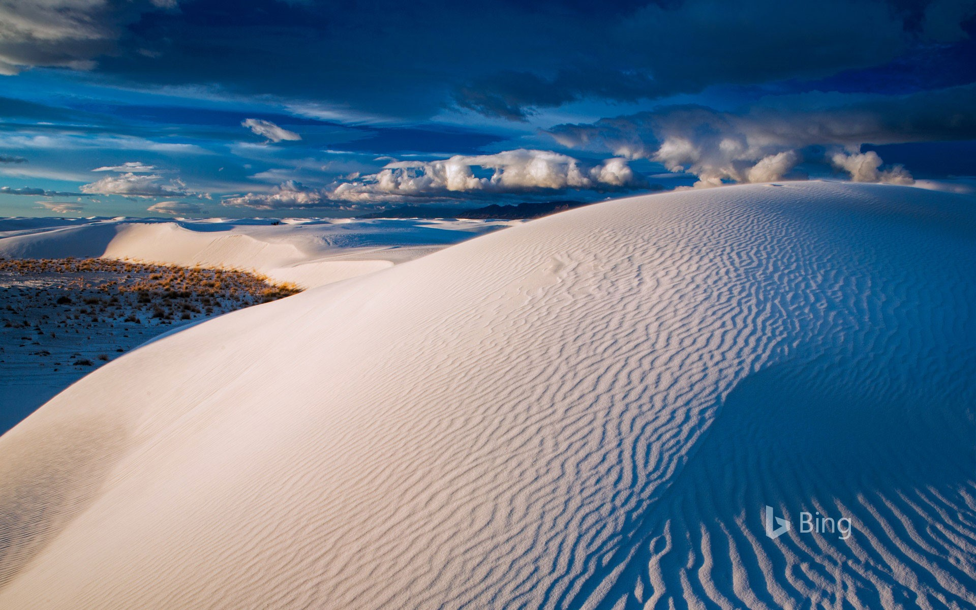 Gypsum sand dunes, White Sands National Park, New Mexico