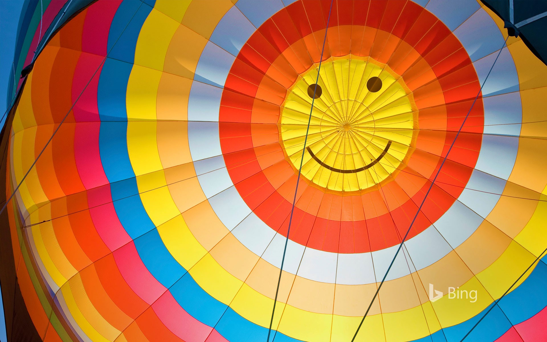 Happy hot air balloon