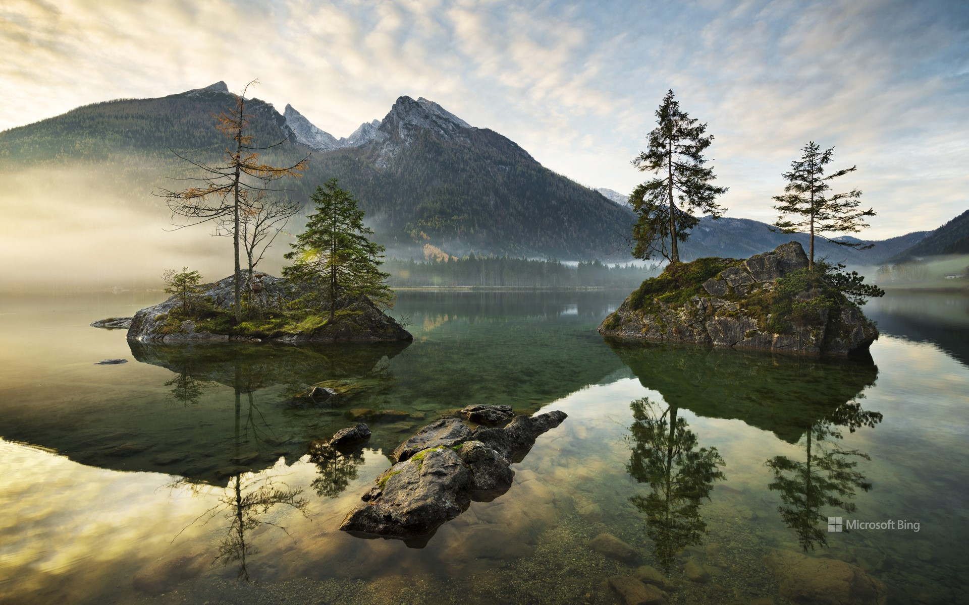 Lake Hintersee surrounded by alpine mountains, Berchtesgaden, Bavaria, Germany