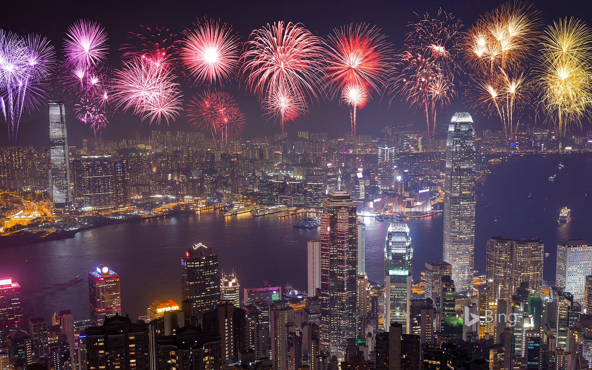 [New Year's Eve Today] Bright fireworks greet the New Year, Hong Kong, China
