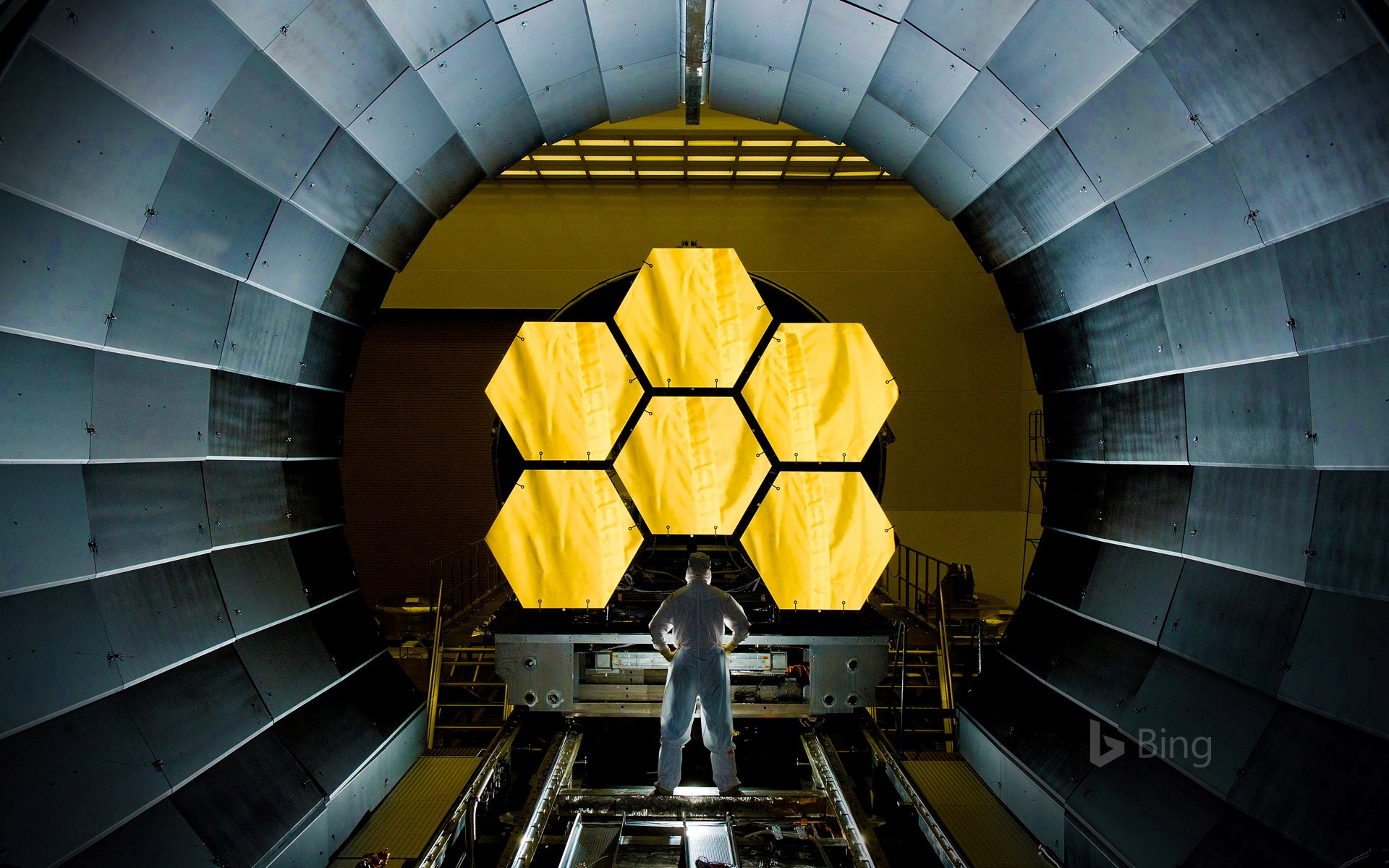 Testing mirror segments for the James Webb Space Telescope