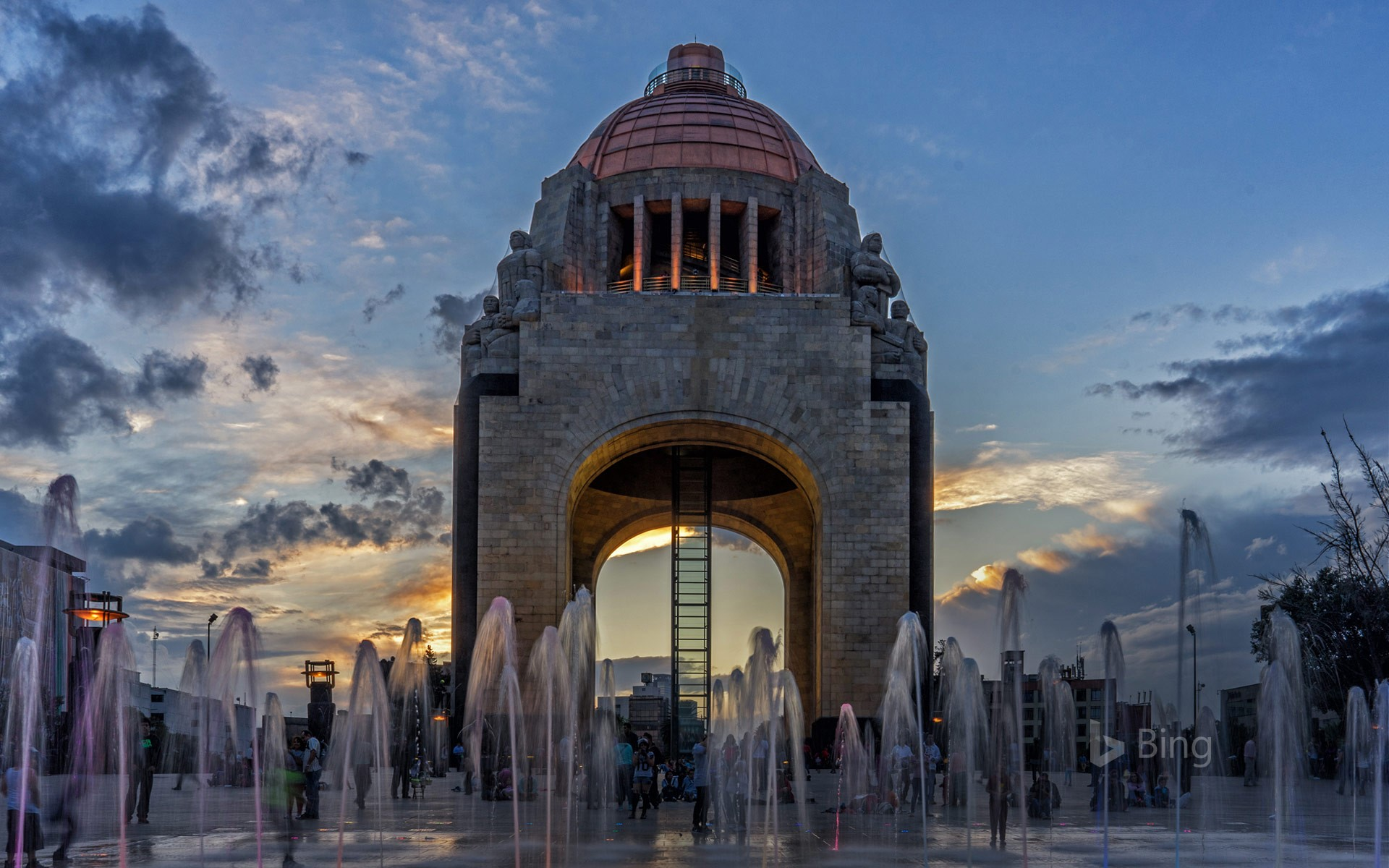 Monumento a la Revolución in Mexico City
