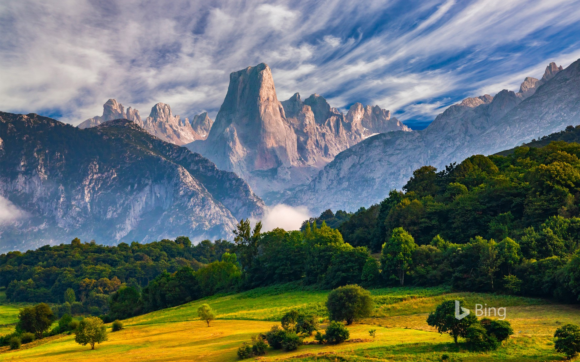 Naranjo de Bulnes peak, in Picos de Europa National Park, Asturias, Spain