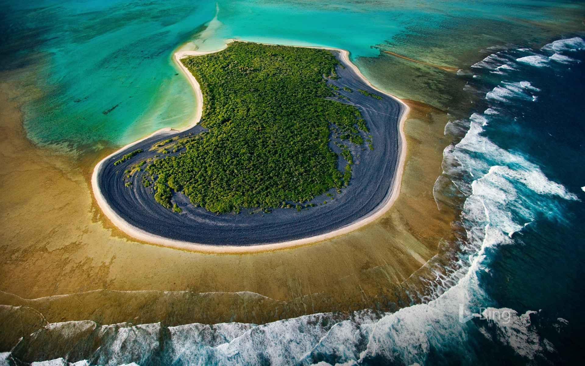 Nuami Islet, Nokan Hui atoll at the south of the Isle of Pines, New Caledonia, France