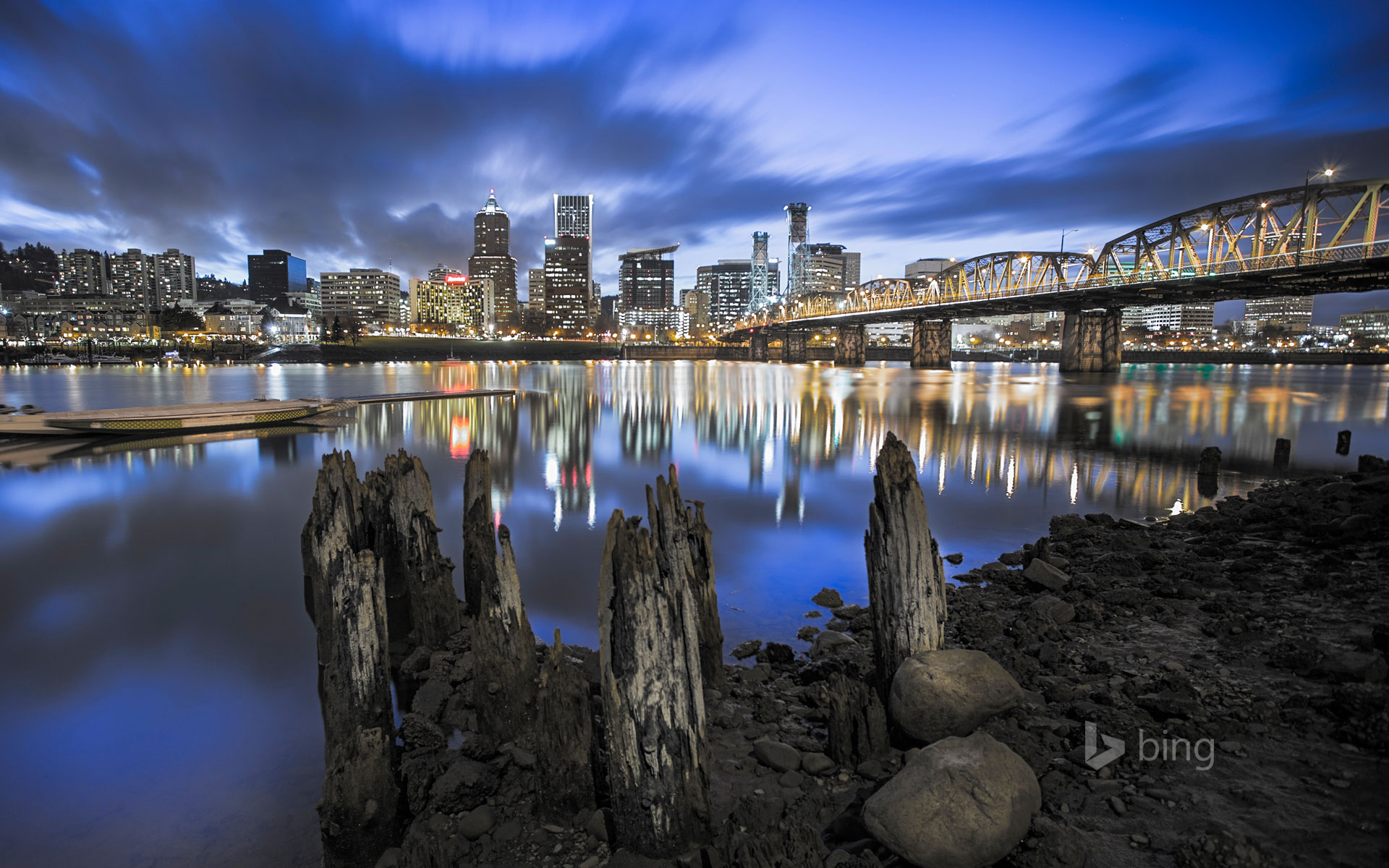 Portland skyline and Willamette River, Oregon
