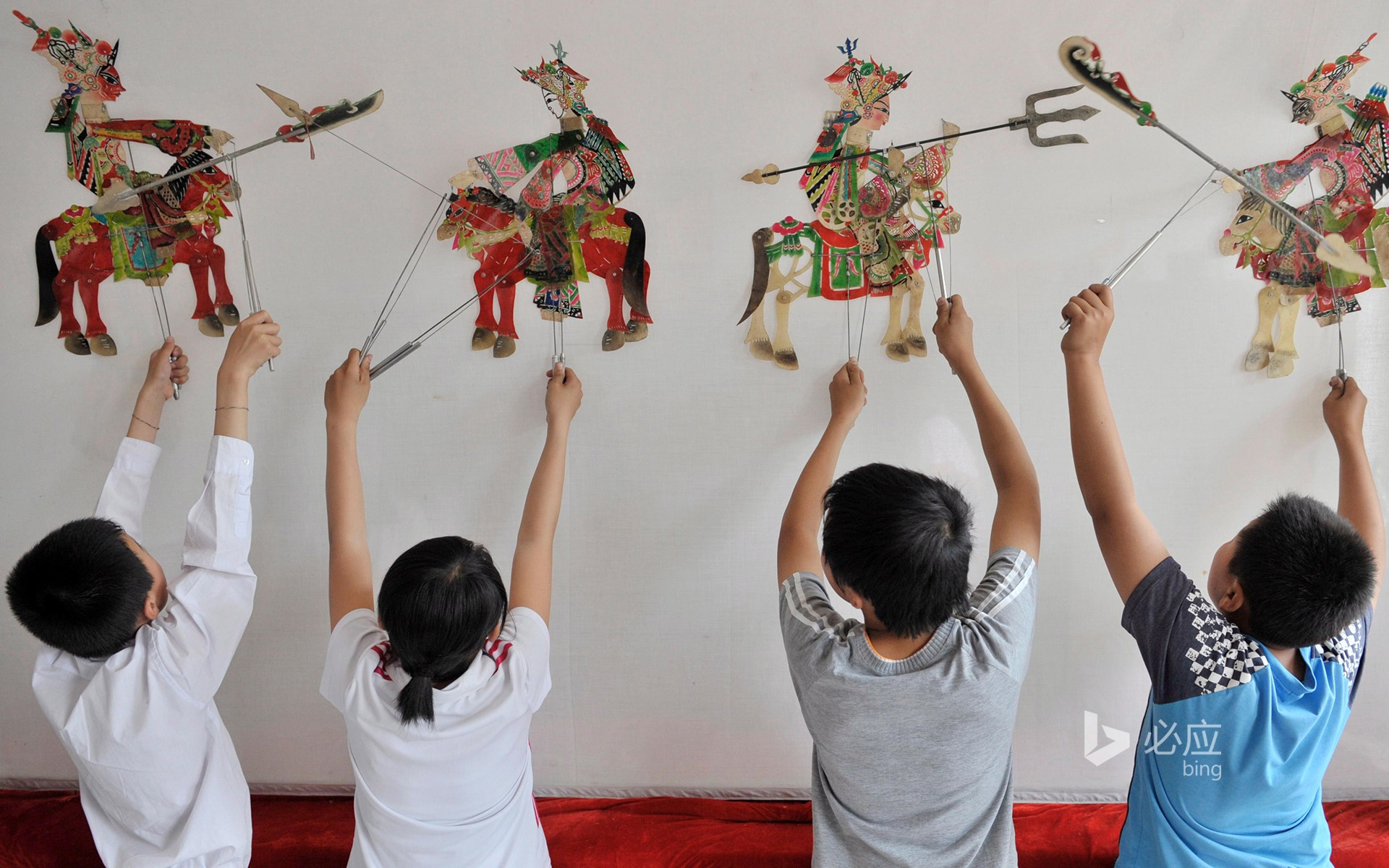 [Six Children's Day] Puyang Elementary School students rehearse shadow play in Shenyang, China