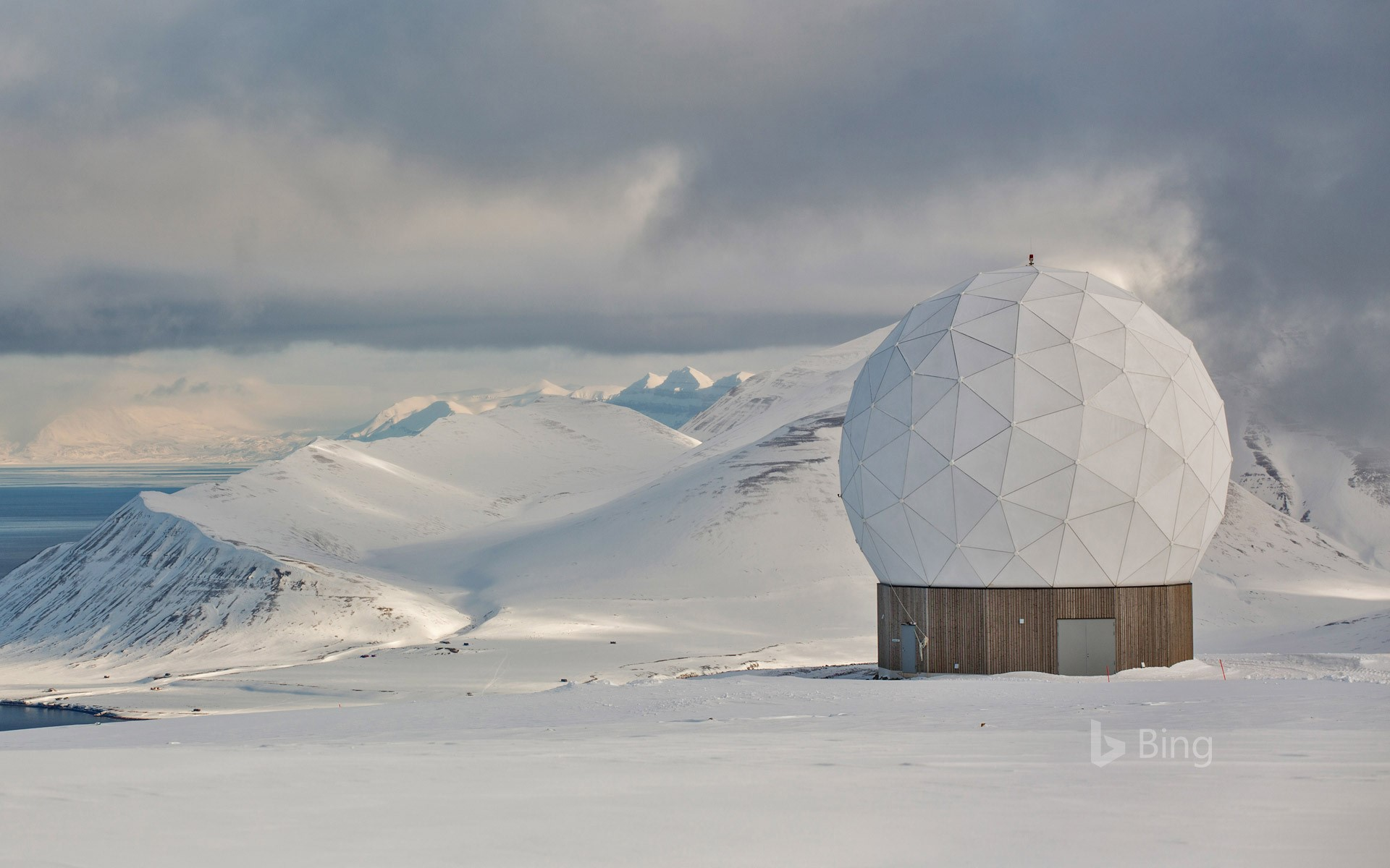 Svalbard Satellite Station, Svalbard archipelago, Norway (© Tim E White/Getty Images)