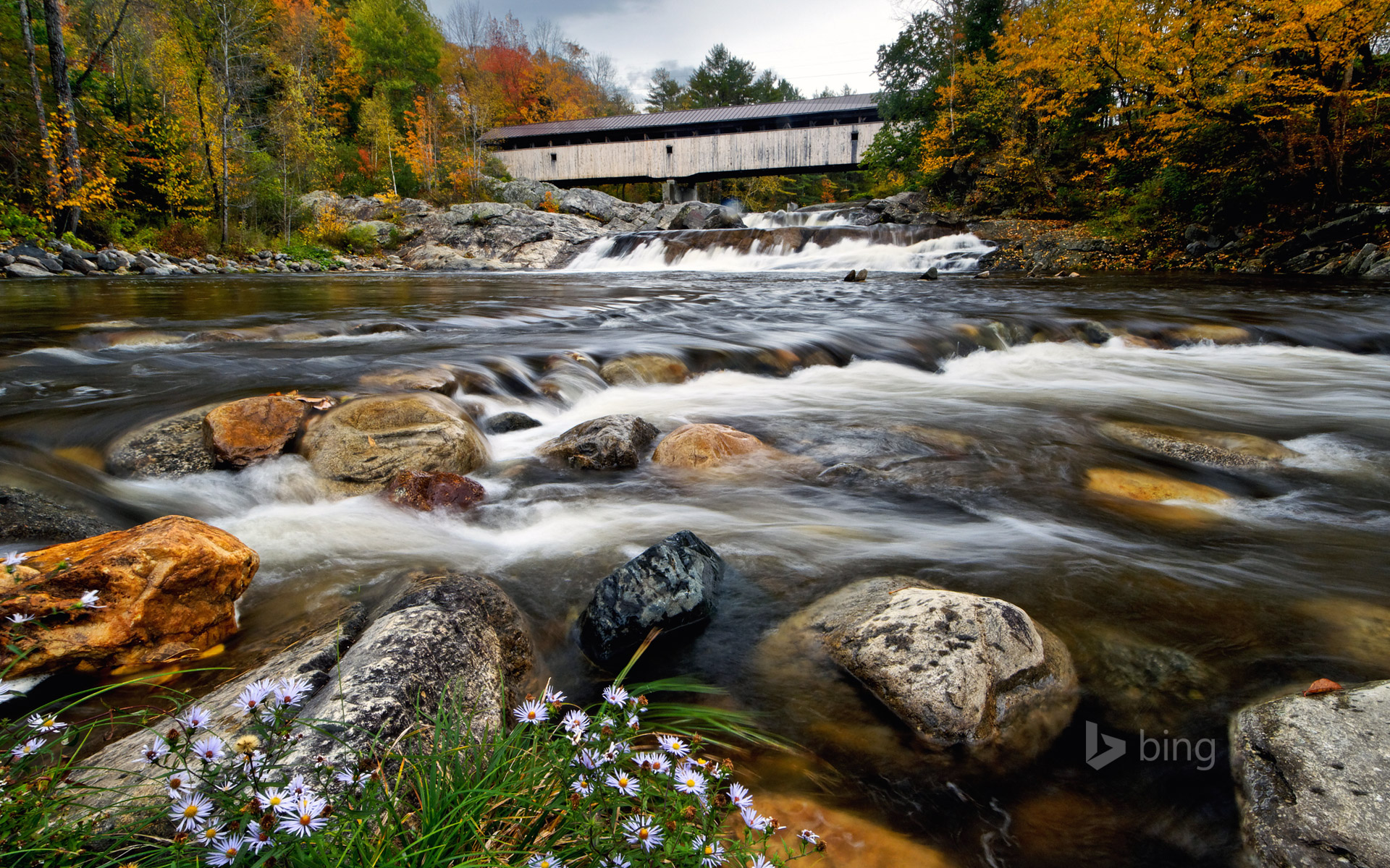 Covered bridge crosses the Wild Ammonoosuc River in Bath, New Hampshire